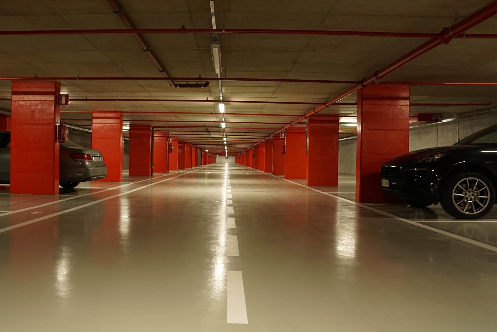 <h1><b>Sant&#8217;Ambrogio Parking</b> </h1>