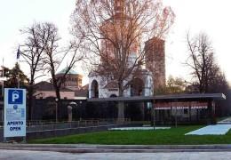 <h1><b>Sant'Ambrogio Parking</b> </h1>