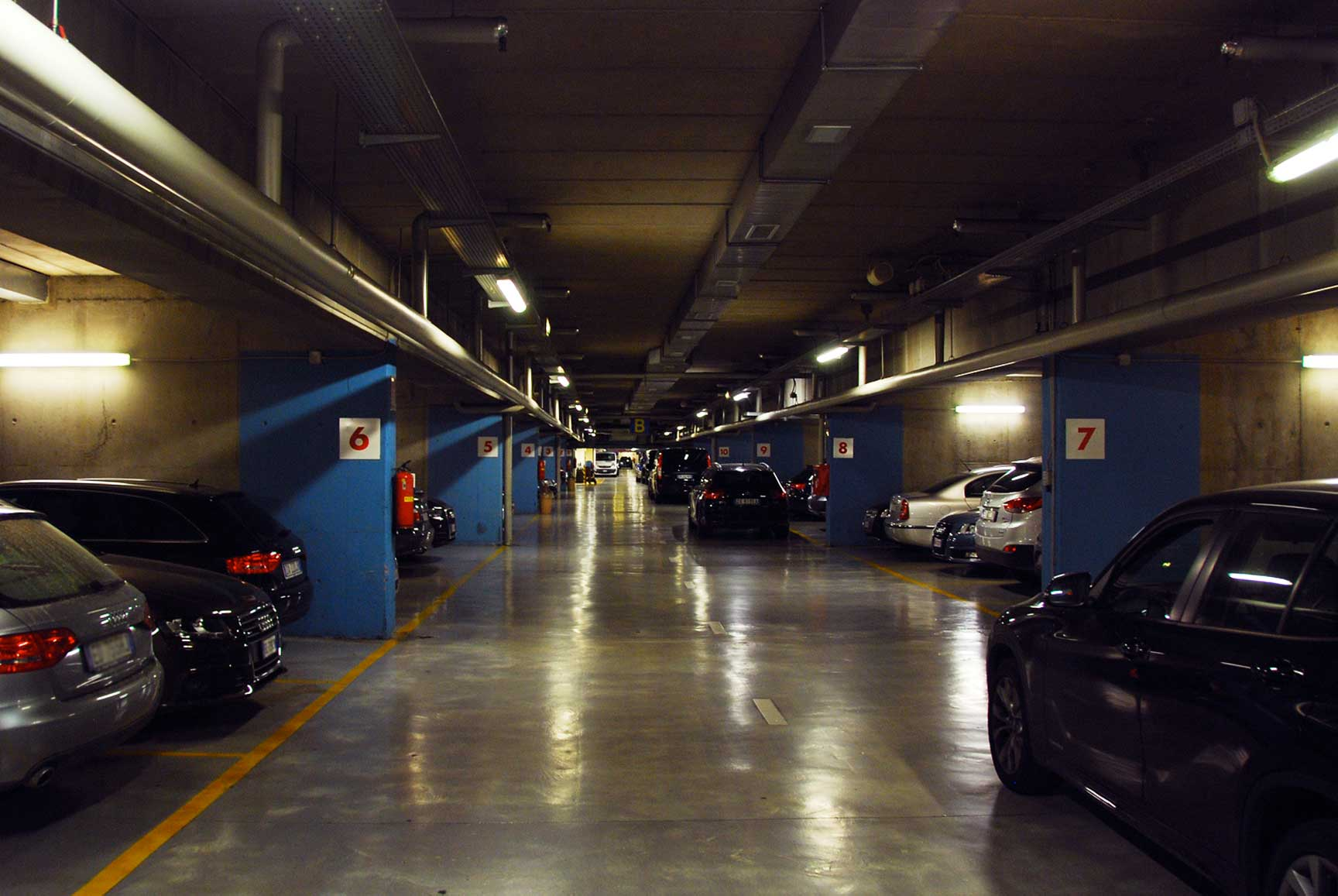 <h1><b>Buonaparte Parking</b> </h1>