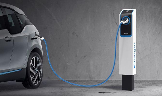 <h1>Colonnine di ricarica auto elettrica: tutti i vantaggi</h1>